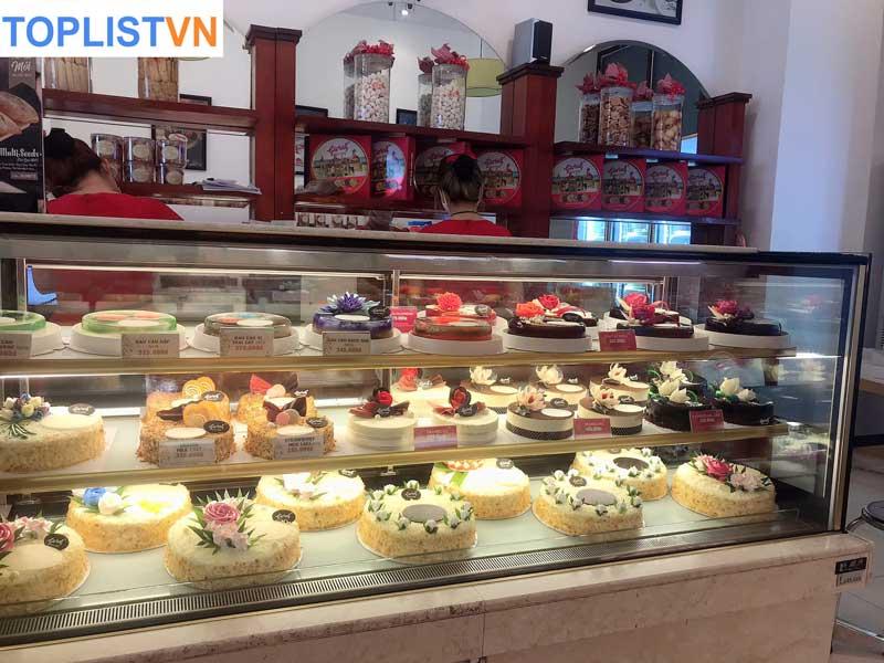 Givral Bakery- Tiệm bánh Pháp lâu năm